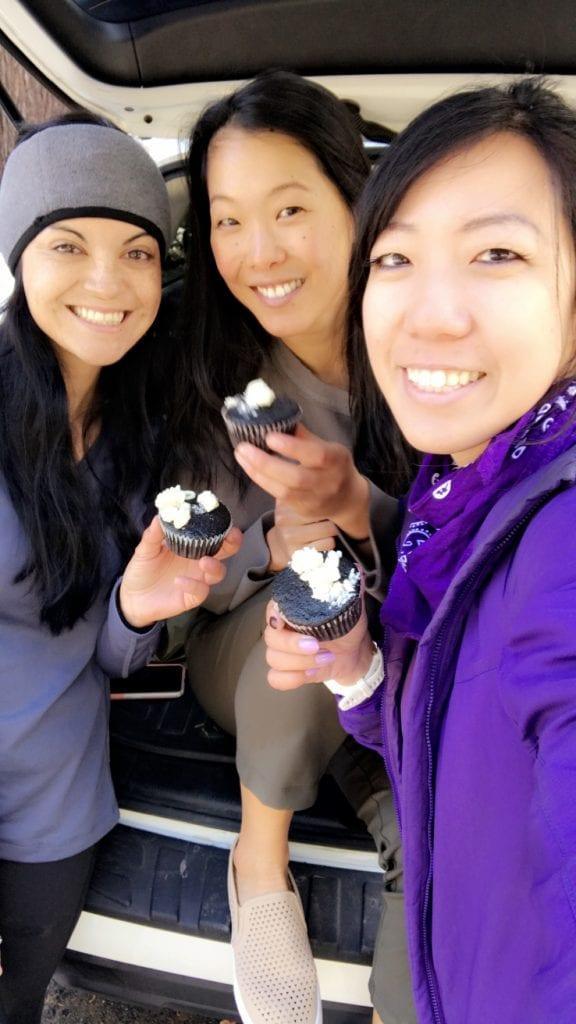 cupcakes at the car!